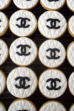 Chanel themed bridal shower candy bar and dessert bar ideas.